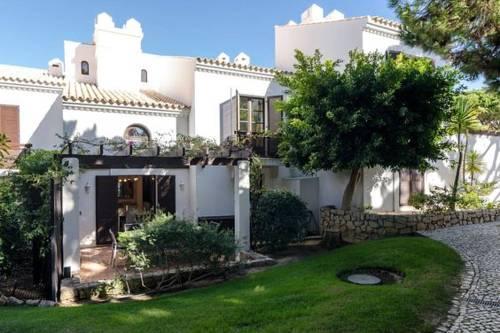 hotel Casa Sarah-5 star resort in Falesia