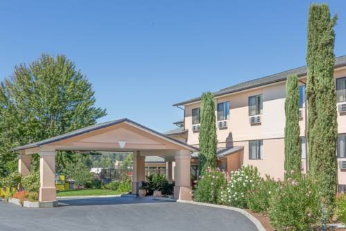 hotel Super 8 Grants Pass