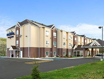 hotel Microtel Inn & Suites by Wyndham Washington/Meadow Lands