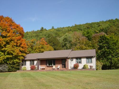 hotel River Road Callicoon Rental House