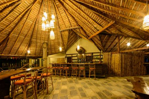 hotel Sarang Wildlife Sanctuary