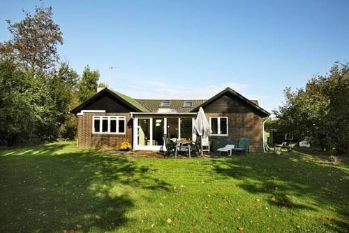 hotel Three-Bedroom Holiday home in Roslev 5