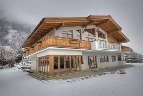 hotel Chalet Apartment Ski and Golf by Kaprun Rentals
