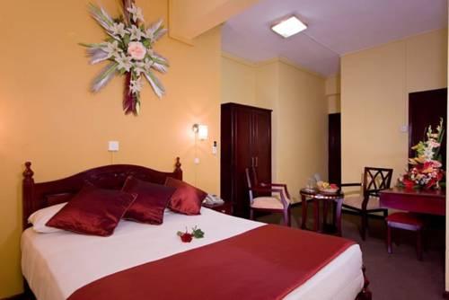 hotel Gold Nest Hotel