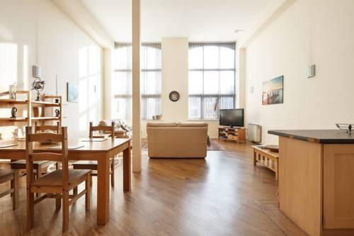 hotel Centenary Mill Duplex Apartments