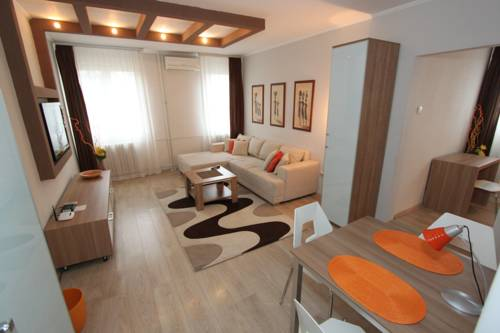 hotel New Belgrade apartment DELTA CITY