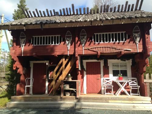 hotel Iisakki Village