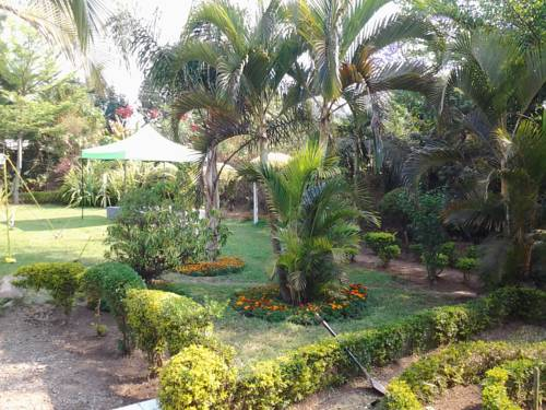 hotel Muuka Gardens and Lodge
