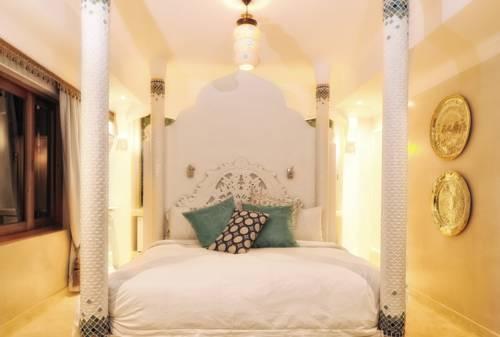 hotel Amanzi Lodge
