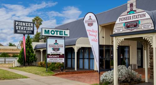 hotel Pioneer Station Motor Inn