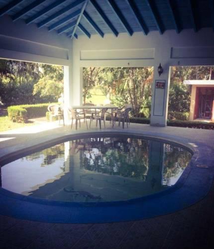 hotel Casa de playa honduras Shores Plantation