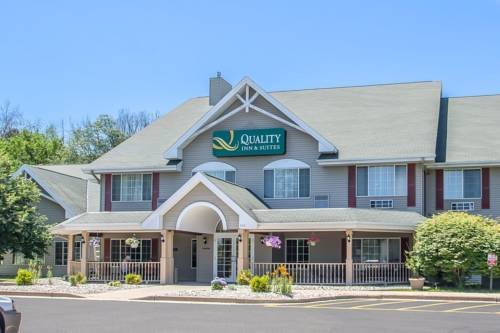 hotel Quality Inn & Suites East Troy