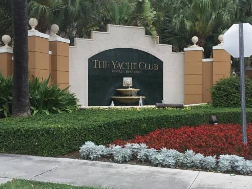 hotel Three-Bedroom Apartment at The Yacht Club Aventura
