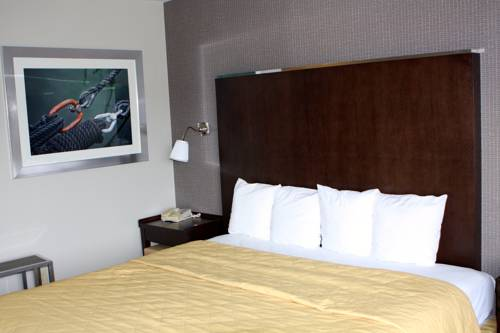 hotel Huntersville Inn & Suites LKN