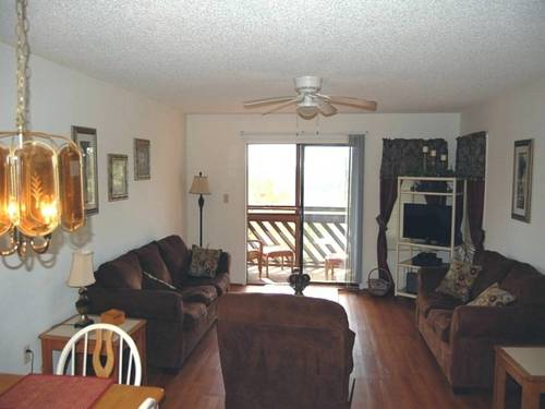 hotel Heron Pointe F-09 Apartment