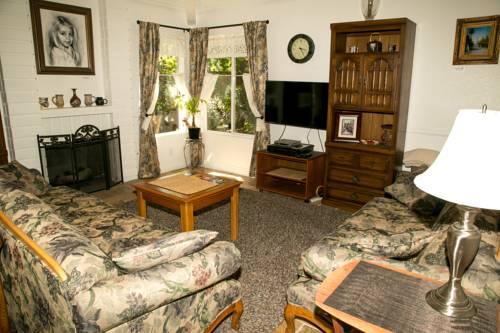 hotel Family Holiday Home Sleeps 8