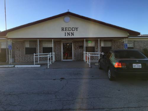 hotel Reddy Inn and Suites