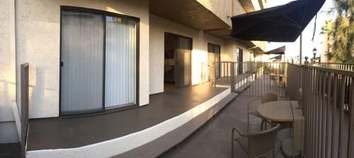 hotel Strathmore Regency #124