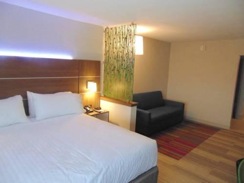 hotel Holiday Inn Express & Suites Wapakoneta
