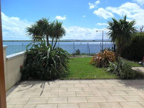 hotel Dublin Bay Home