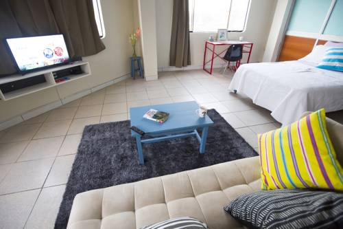hotel Clean Modern Studio Apartment