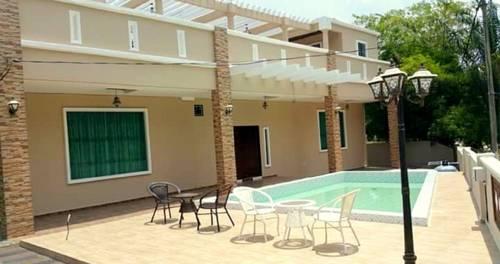 hotel Babylon Homestay