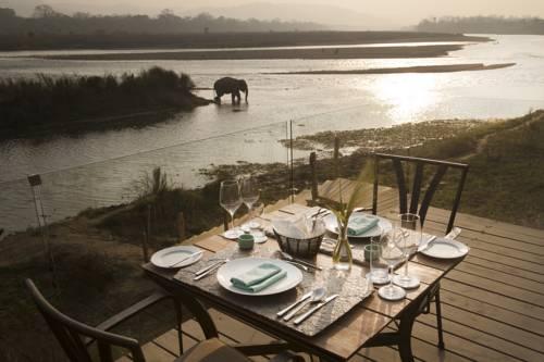 hotel Meghauli Serai Chitwan National Park - A Taj Safari Lodge