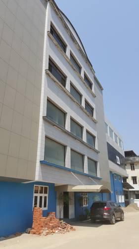 hotel Km Hotel - Burmese Only