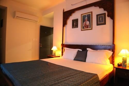 hotel Saket Inn