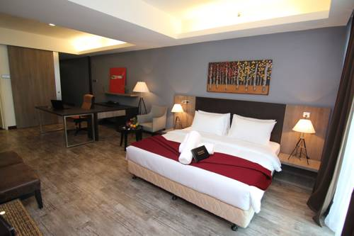hotel Nexus Regency Suites