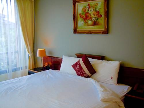 hotel Moonlight House