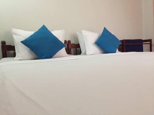hotel Chandrika Guest & Rrstaurant, Kiula - Hungama
