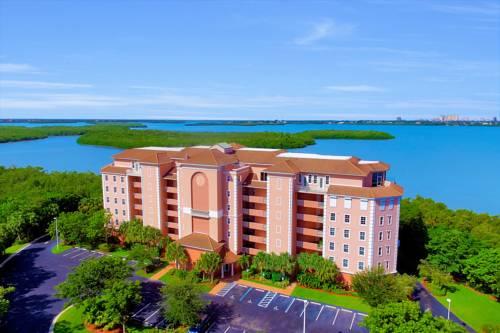 hotel Vintage Bay Condo
