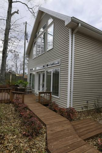 hotel Riverrest bed and breakfast
