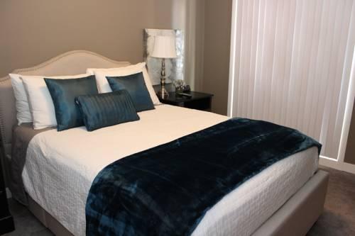 hotel Executive Suites by Roseman - Auburn Bay