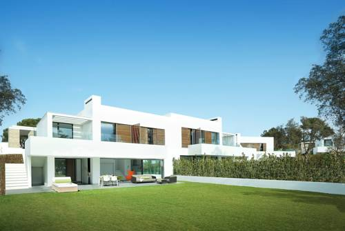 hotel Luxury 5 bed villa at PGA Catalunya Resort