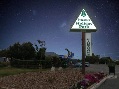 hotel Pineacres Motel and Park