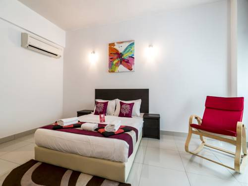 hotel OYO Rooms LRT Awan Besar Station