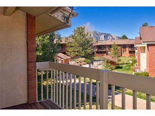 hotel Two Bedroom-View of FlatIrons in Boulder - FI01