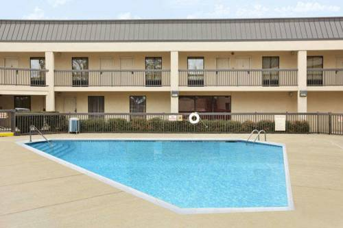 hotel Baymont Inn & Suites
