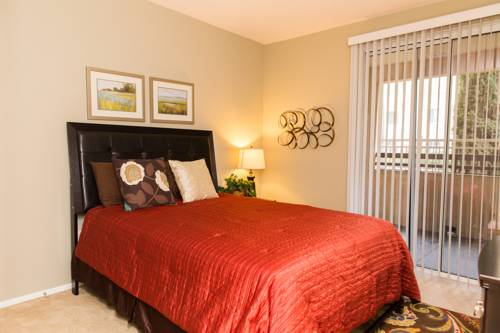 hotel Irvine 2bed/2bath with free parking