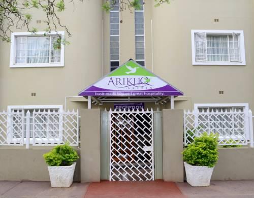 hotel Arikho Suites