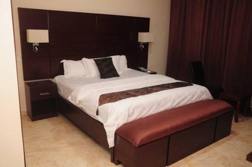 hotel Geneva Hotel and Suites