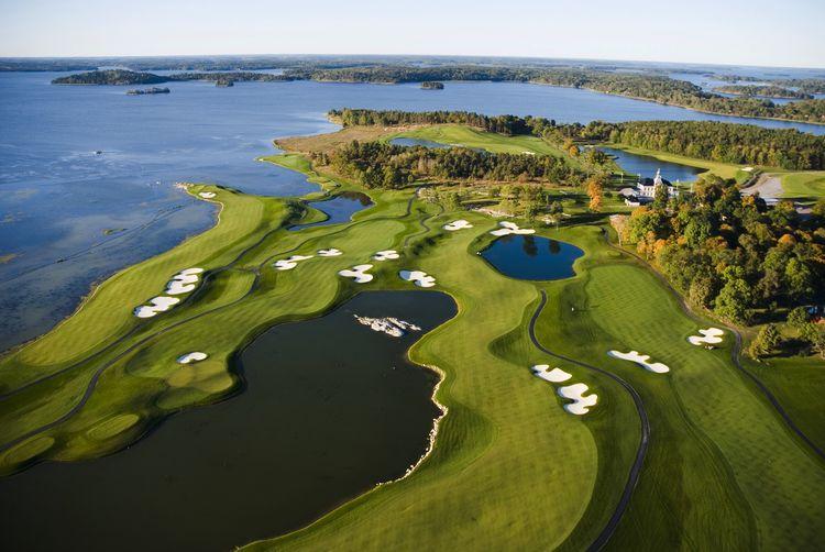Bro hof slott golf club cover picture