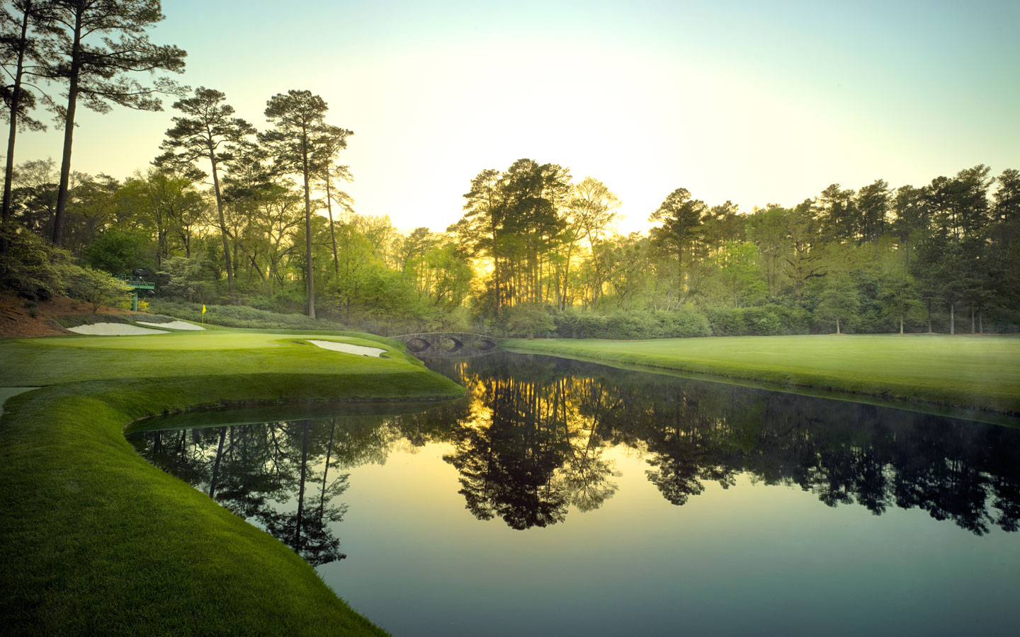 Overview of golf course named Augusta National Golf Club