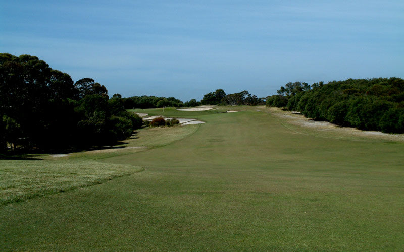Royal melbourne golf club cover picture