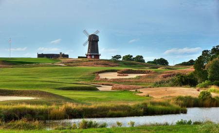 Overview of golf course named National Golf Links of America
