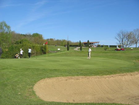 Estolosa Golf & Country Club Cover Picture