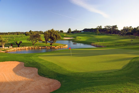 Overview of golf course named Pinheiros Altos Golf Resort