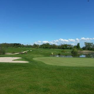 Chateau de preisch golf club cover picture